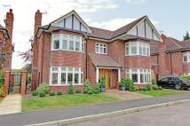 5 bed Detached property for sale in Langham Close, Bromley...