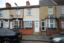 2 bed Terraced property to rent in Sandown Road, Rugby...