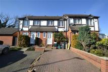 3 bed Terraced home to rent in Windermere Close, Feltham
