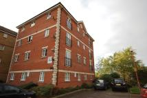 Flat to rent in Stern Close, Barking
