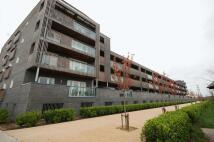 2 bed Apartment to rent in De Pass Gardens, Barking