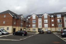 Apartment to rent in Shepherds Court -...