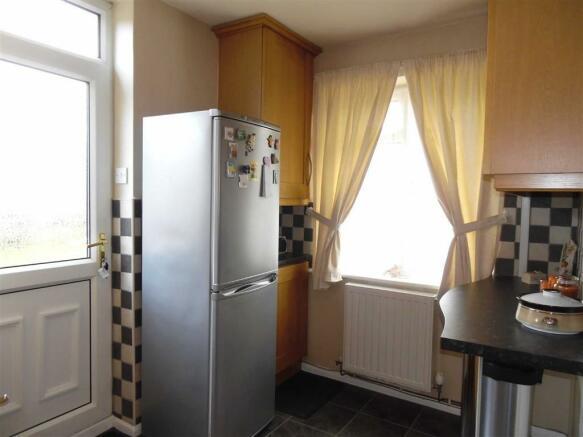 L Shape Kitchen/Brea