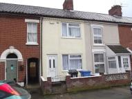 Terraced property to rent in Caernarvon Road, Norwich...