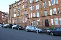 2 bed Flat to rent in MOUNT FLORIDA -...
