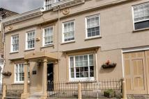 8 bed Town House to rent in Castle Street...