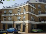 Flat in Lime Kiln Wharf -...