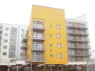 Flat to rent in Maltings Close, London