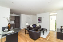 1 bedroom Flat in Sotherby Court...