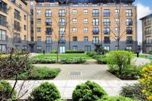 Flat to rent in Padstone House...