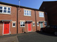 2 bedroom Town House to rent in Auction Close, Ashbourne...