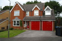 5 bed Detached property to rent in Hambleton Close...