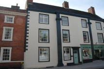 2 bedroom Flat in Church Street, Ashbourne...