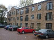Flat to rent in Crown Mill, Mitcham, CR4