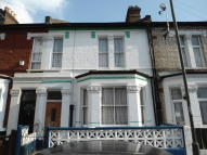 3 bed Terraced home in Finborough Road, Tooting...