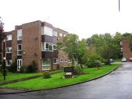 2 bedroom Flat to rent in Park Villa Court...
