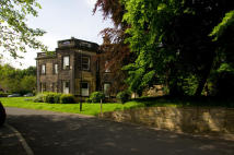 Flat to rent in Gledhow Lane, Roundhay...