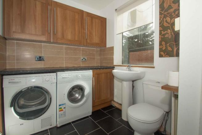 Utility/Guest WC