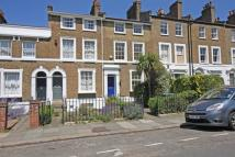 3 bed house in Ashburnham Grove...