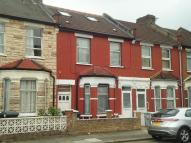 6 bed Terraced house in Dunloe Avenue, Tottenham