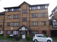 Flat for sale in Somerset Gardens...