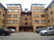 1 bedroom Flat in Somerset Gardens...