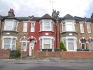 Flat for sale in Chalgrove Road, Tottenham