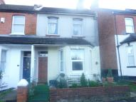 Maisonette to rent in St Georges Road...