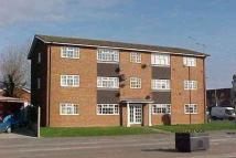 3 bedroom Flat in Ash Road, Aldershot, GU12