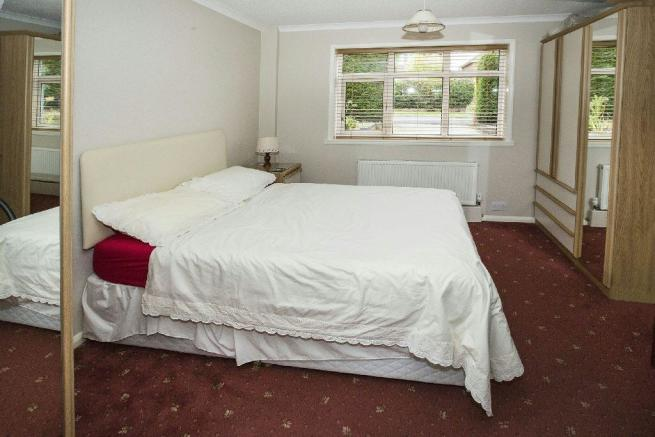 Bedroom 5/Family Roo