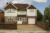 5 bed Detached home in Church Road, Earley...