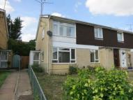 Maisonette to rent in Luscombe Close, Caversham