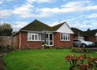 3 bedroom Detached property for sale in Selcourt Close, Woodley...