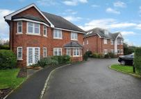 Woodford Court Flat for sale
