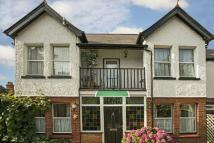 4 bedroom Detached house in Tilehurst Road...