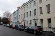 2 bed Flat to rent in Cornwallis Crescent...