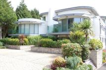 3 bedroom Apartment in Evening Hill, Poole