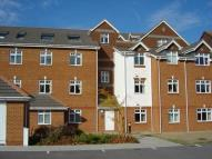 2 bedroom Flat in Silchester Court London...