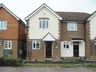 2 bedroom Terraced house in Squires Court Chertsey