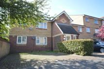 2 bedroom Flat for sale in Shortlands Close...