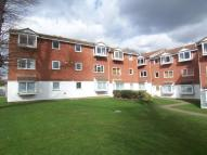 2 bed Flat in Heathdene Drive...