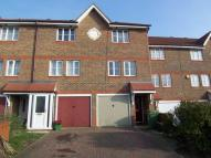 Town House to rent in Redbourne Drive...