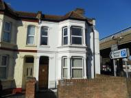 Flat to rent in Abbey Road, Abbey Wood