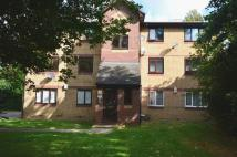 Flat in Shortlands Close...