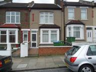 Terraced home to rent in Bostall Lane, Abbey Wood