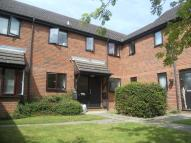 Flat to rent in Lovell Court...