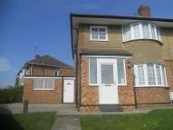 3 bed semi detached home to rent in QUEENSWAY...