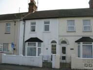 Terraced property to rent in Fernlea Road, Harwich