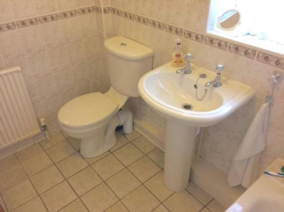 Refitted Bathroom1