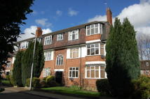 Flat to rent in Churchfields...
